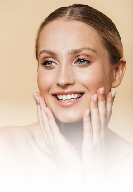Blonde-woman-smiling-100-off-injectables-DBMS